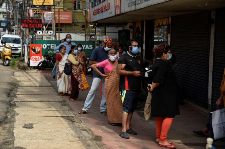 Ismét rekordot döntött Indiában az új fertőzöttek száma