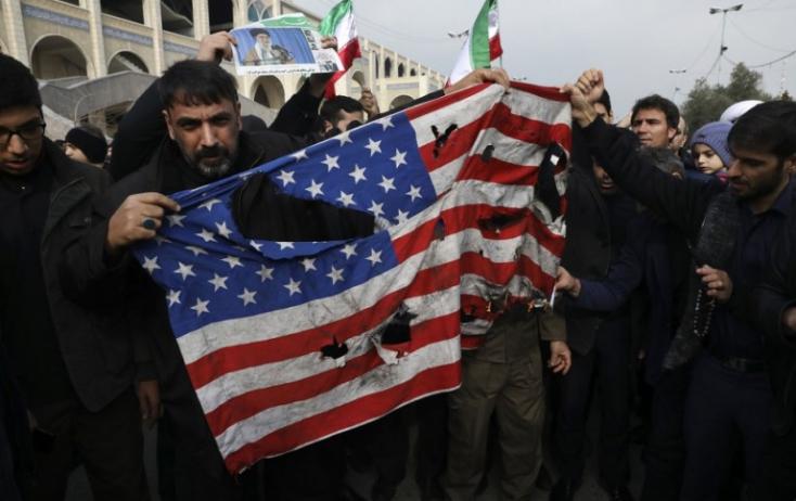 Terroristának minősítette az amerikai erőket a teheráni parlament
