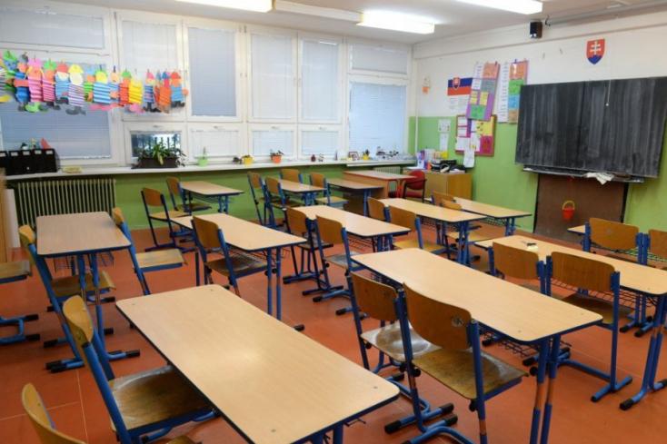 Ezidáig 18 iskolát zártak be a koronavírus-járvány miatt