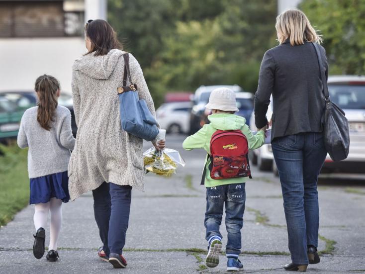 671 ezer szlovákiai diák indult iskolába ma reggel