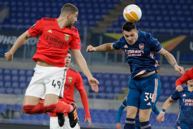 Európa-liga:Bajban a Napoli, döntetlenezett idegenben az Arsenal