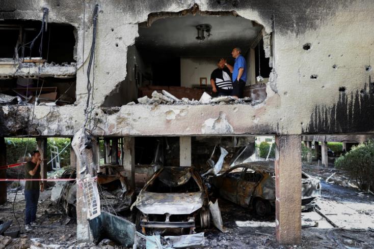 Egymást rakétázza továbbra is Izrael és a palesztin Hamász, gyerekek is meghaltak