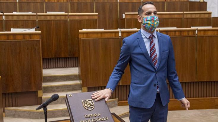 Lemond mandátumáról az OĽaNO szexuális zaklatással gyanúsított képviselője