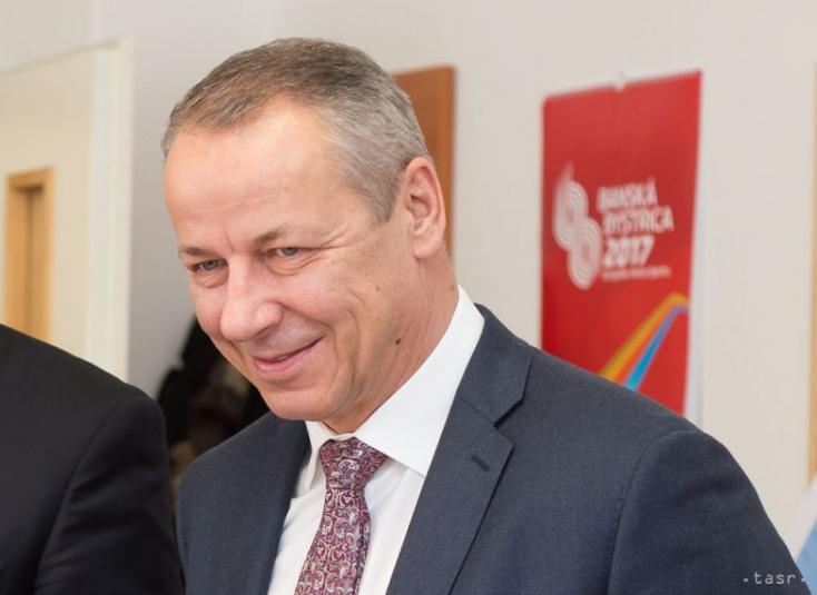 A megismételt teszt megerősítette: koronavírusos Besztercebánya polgármestere