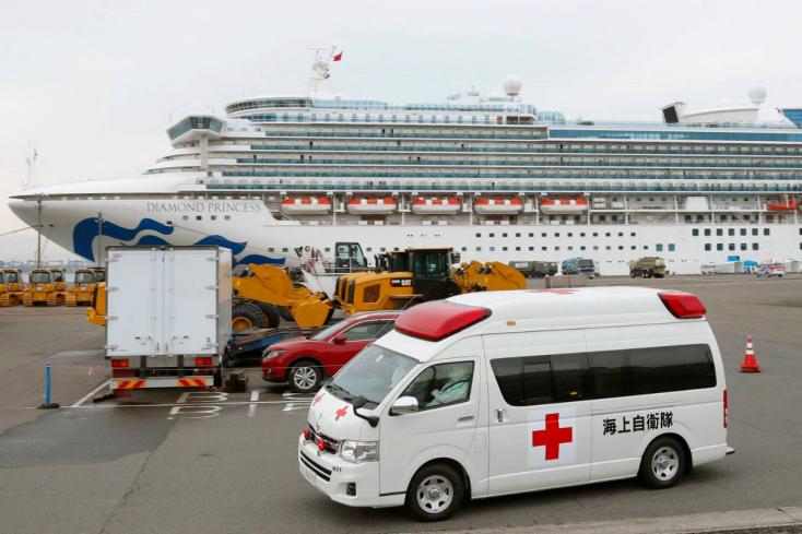 Megállíthatatlan a fertőzés a Diamond Princess fedélzetén, ahol egy szlovákiai is tartózkodik