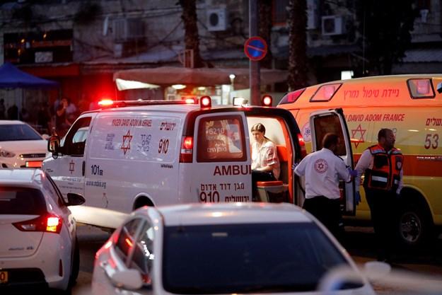 TERROR: Megkéseltek egy rendőrnőt Izraelben, a támadókat agyonlőtték