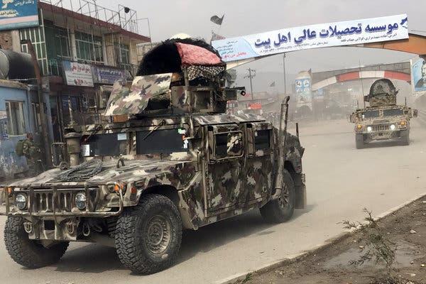 Lövések dördültek egy kabuli gyűlésen, amelyen több afgán vezető is részt vett