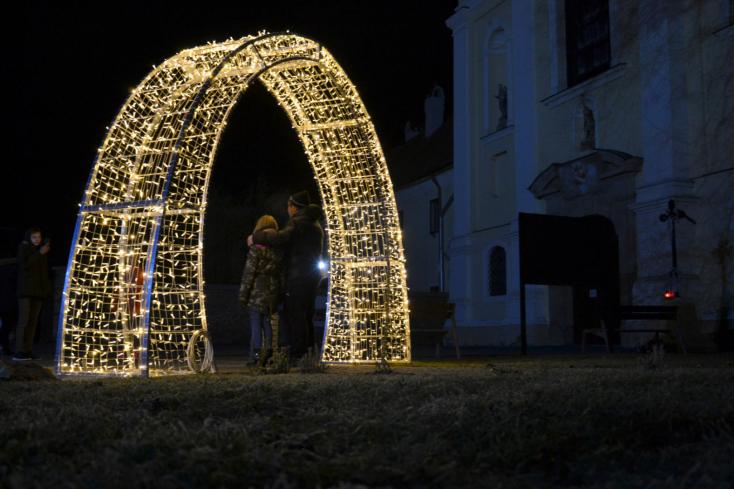 Füleken évről évre szebb a karácsony – immár természetbarátabb is