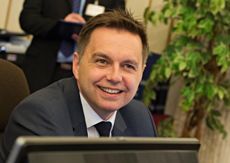 Pellegrini szerint Kažimírnál nincs jobb jelölt a Szlovák Nemzeti Bank élére