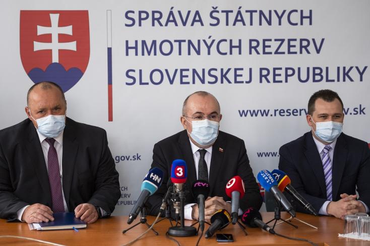 Reszkessetek smeresek! Pár napja van új kormányunk, de a NAKA már lecsapott a gyanús arcokra
