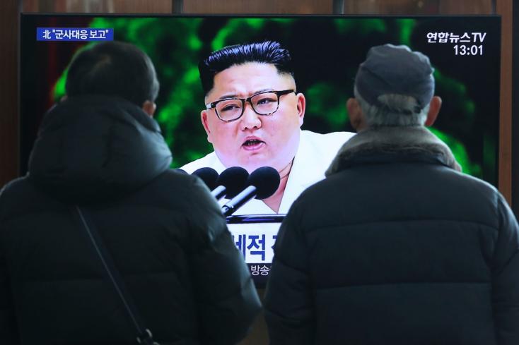 Kim Dzsong Un új fegyver kifejlesztésével fenyegeti a gengszter Amerikát!