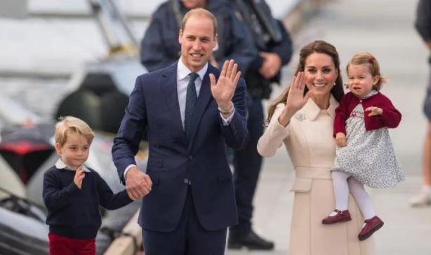 Hercegi utód: fia született Katalin hercegnőnek és Vilmos hercegnek