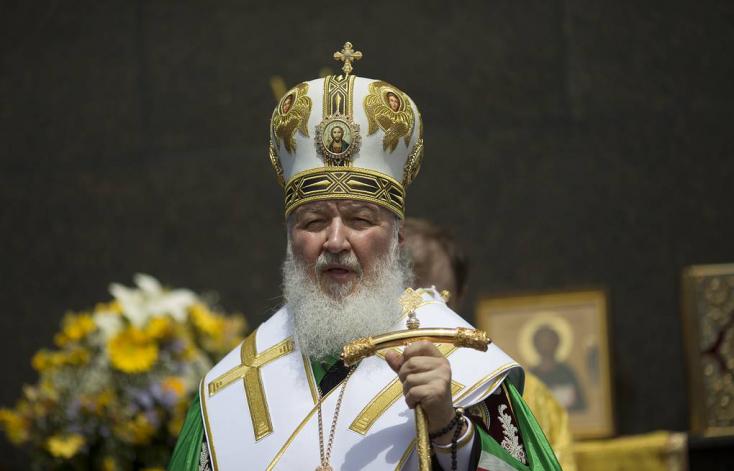 Abortusz helyett a gyermekek egyházi gondozásba adását szorgalmazzaaz ortodox egyházfő