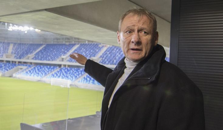 Remišová feljelentést tesz az 100 milliósra drágult Kmotrík-stadion ügyében!