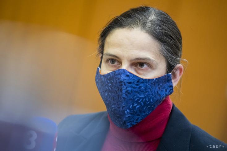 Dunahidasi lakosok pénzének elsikkasztásával hozta összefüggésbe Fico Kolíkovát, de kapufát lőtt