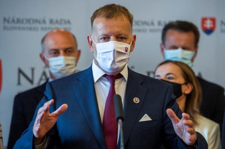 Új vezére lehet a szlovákiai oltásellenességnek, Kollárék tárgyalni sem akarnak a feltételek szigorításáról