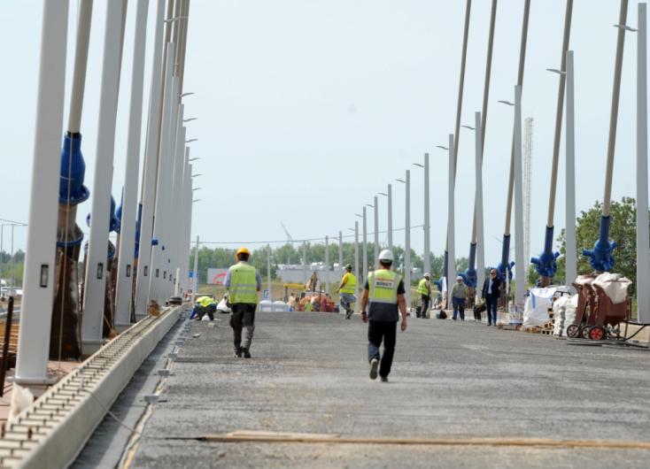Kiderült, mi lesz a két Komáromot összekötő híd neve!
