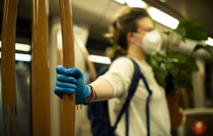 KORONAVÍRUS: Emelkedik a pozitív tesztek aránya, május végi szinten az új fertőzöttek száma