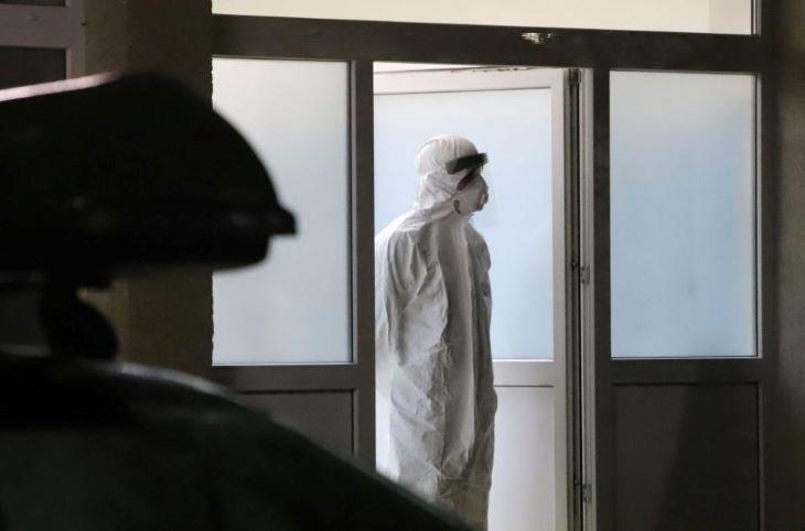 Tizenhatan meghaltak, 848-cal nőtt a koronavírus-fertőzöttek száma Magyarországon
