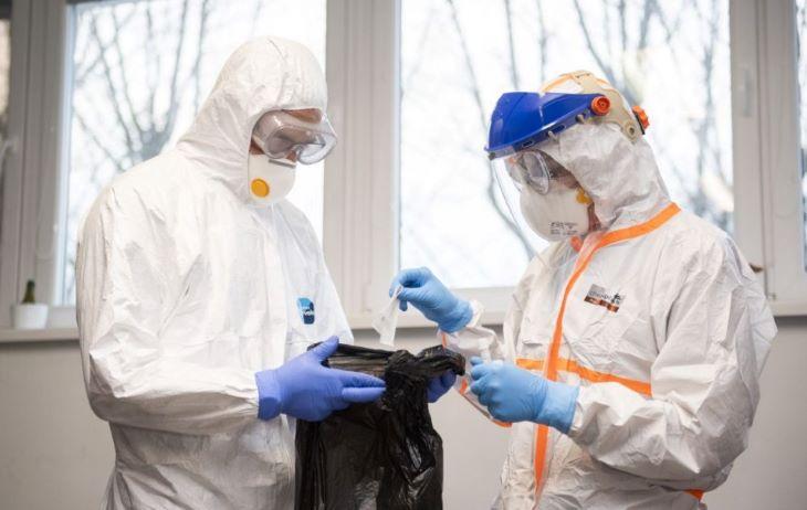 Meghalt 64 beteg, 382-vel nőtt a koronavírus-fertőzöttek száma Magyarországon
