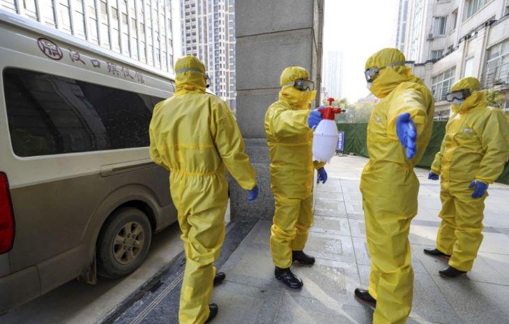 New Yorkban is megáll az élet a koronavírus-járvány miatt, Los Angelesben is szigorú intézkedéseket hoztak