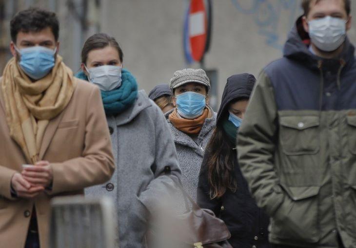 Újabb csúcsot ért el az újonnan fertőzöttek száma Hollandiában