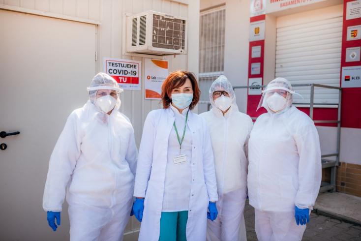 KORONAVÍRUS: Már 143 személyt teszteltek a dunaszerdahelyi kórháznál, csütörtöktől Galántán is kezdik