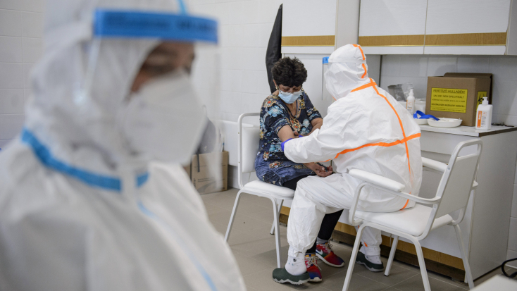Koronavírus: 182 ember halt meg Magyarországon 24 óra alatt