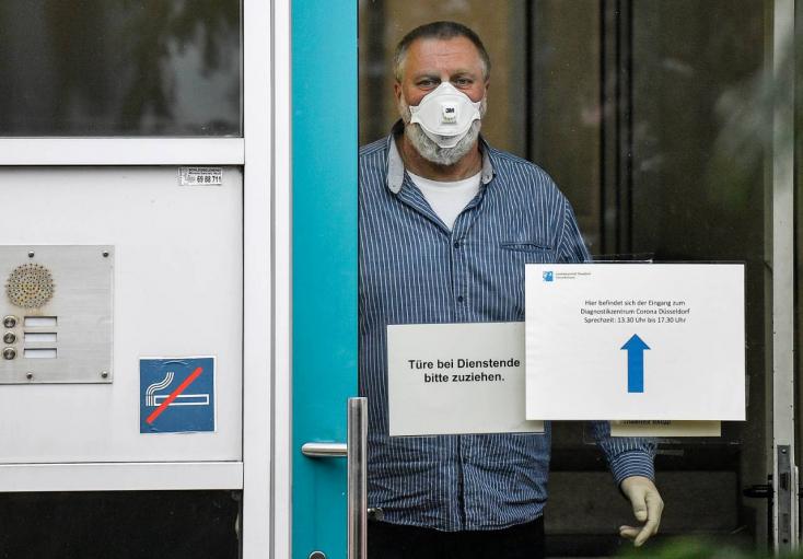 A kijárási korlátozások alól is felmentést kaphatnak a beoltottak és a gyógyultak Németországban
