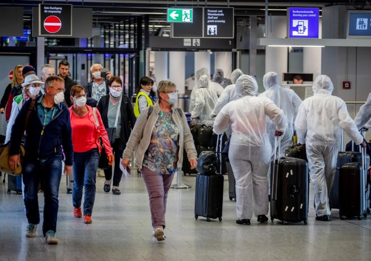Június közepétől szabadon utazhatnak a csehek
