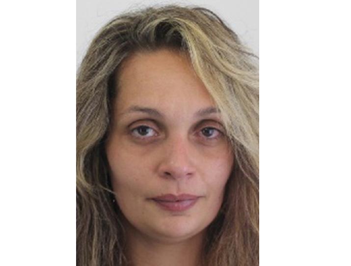 Ezt a nőt keresi a rendőrség, szándékosan bujkál az igazságszolgáltatás elől