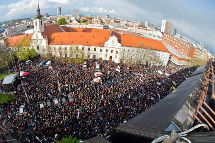 Hétfőn ismét utcára vonulnak a diákok, Kaliňák fejét is követelik!