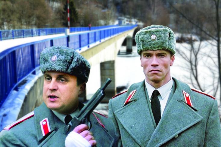 Háborús kampány, avagy másból tessék újévi lófaszt faragni!