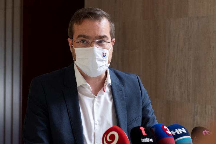 Oroszországi látogatása miatt került ciki helyzetbe Marek Krajčí
