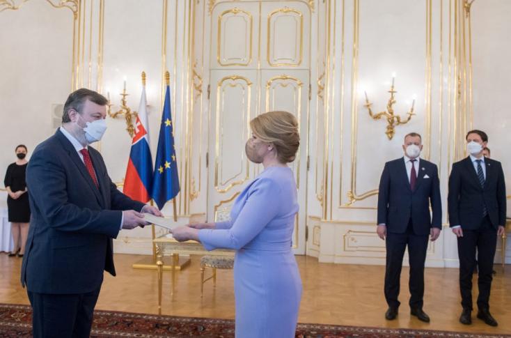 Ha a napokban nem olvastak híreket, nem fogják elhinni, kit nevezett ki miniszterré Čaputová