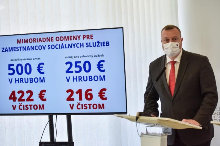 Több száz eurós jutalmat kapnak a szociális intézmények alkalmazottai