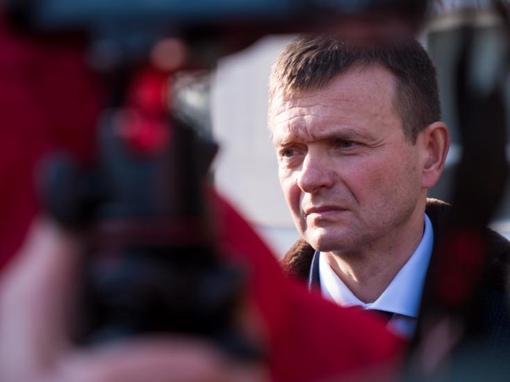 Haščáknak nem sikerült megszabadulnia az ellene zajló vizsgálatot felügyelő ügyésztől