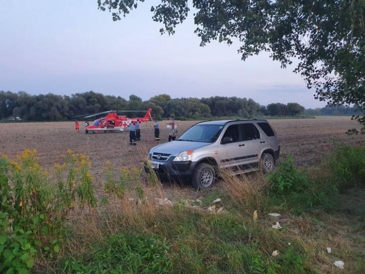 Mentőhelikopter vitte el a horgászt, aki súlyos áramütést szenvedett Kulcsodnál!