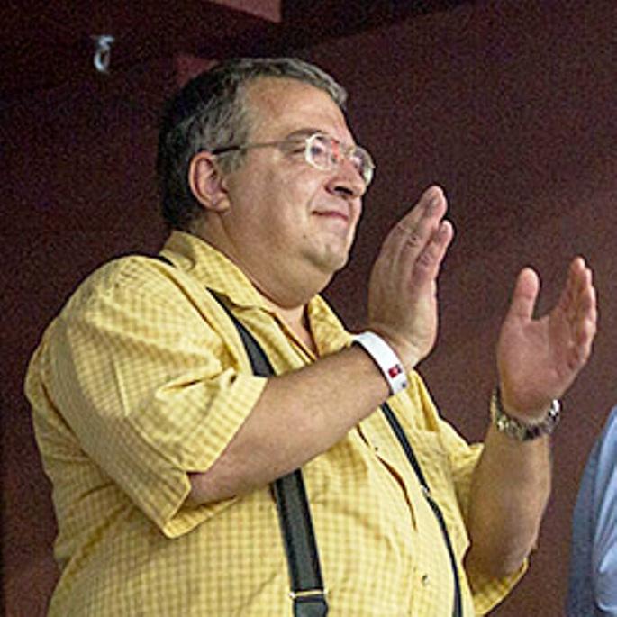 MAGYAR MÉDIAHÁBORÚ: Simicska Lajos szerint Orbán Viktor egy geci...!