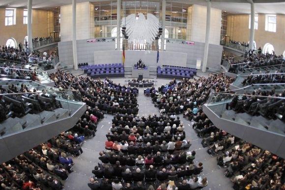 Német kormányalakítás - Véget ért az eddigi kormánypártok előzetes egyeztetése, hivatalos koalíciós tárgyalást javasolnak