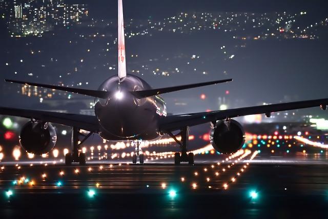 Csökkent az agresszív légi utasok, nőtt a balesetek száma