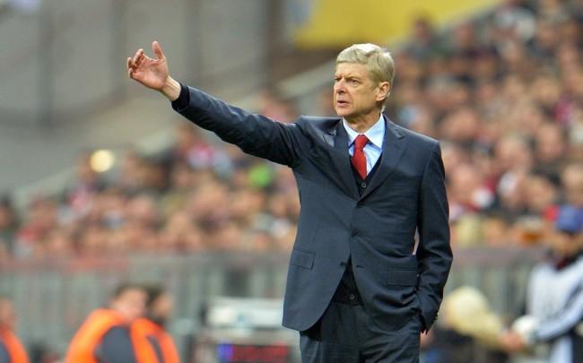 Arséne Wenger nem megy a Barcelonához