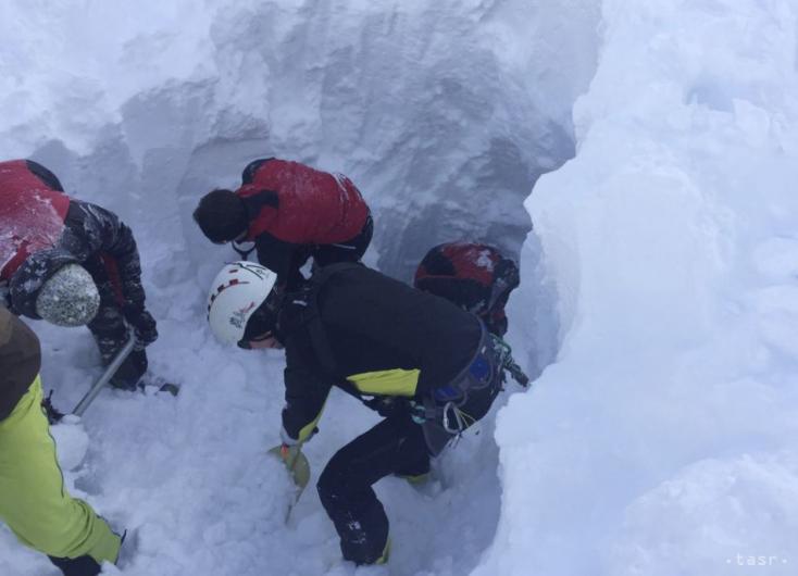 Kutyáik ugatása mentette meg a lavina által elsodort túrázók életét