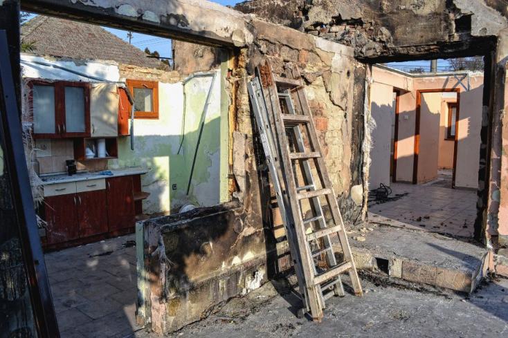 Összefogott Bős a házát karácsony előtt elvesztő családért