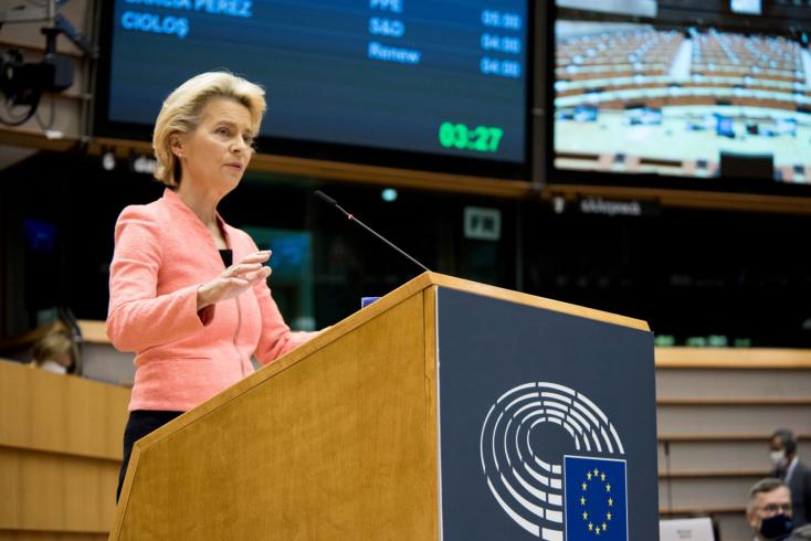 Az Unió állapota Ursula von der Leyen szerint: COVID, környezetvédelem, munkahelyek mentése, menekültek és emberi jogok