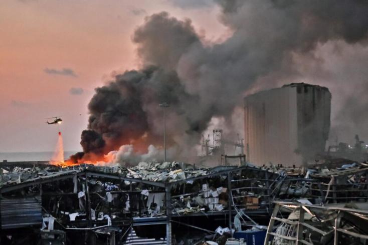 Száznális több a halott a bejrúti robbanásban,további áldozatokat keresnek az épületek romjai alatt