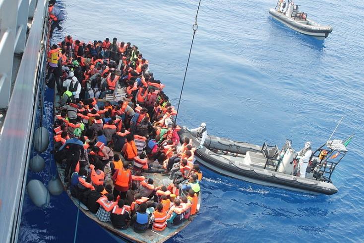Harcok dúlnak az afrikaimigránsútvonal kulcsországában