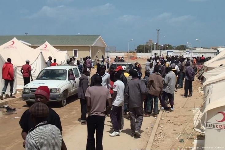 ENSZ: több mint 8000 migránst szállítottak vissza Líbiába az idén