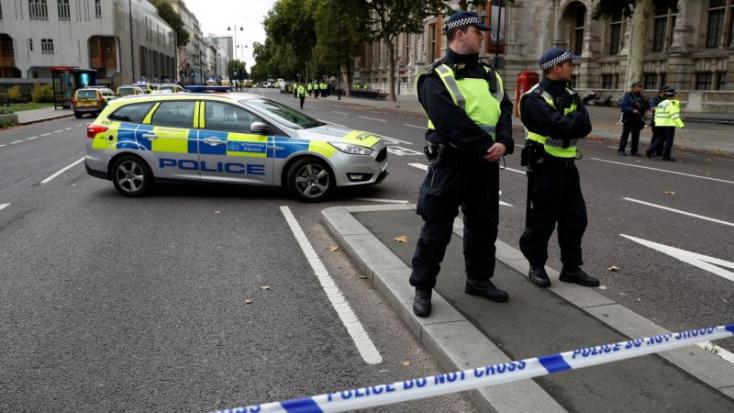Tizenegy sérült Londonban, a rendőrség szerint közlekedési baleset történt