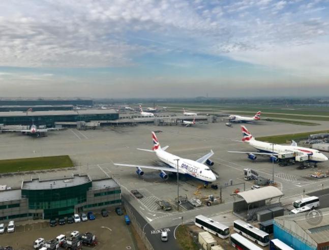 Drónmiatt rövid időre megállt az élet Európa legforgalmasabb repülőterén